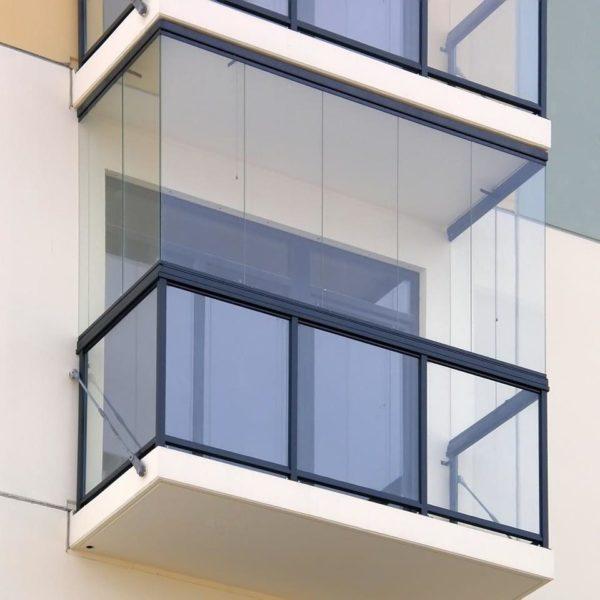 Безрамные панорамные окна для балконов и лоджий