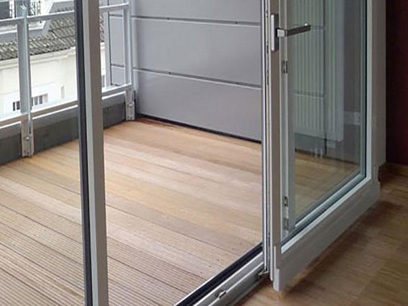 как работают раздвижные двери на балкон